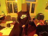 У Львові затримали грабіжників, які вирвали рюкзак в перехожого