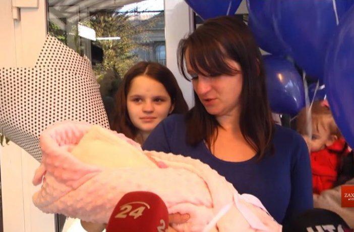Тетяна Лучишин породілля 12 річна