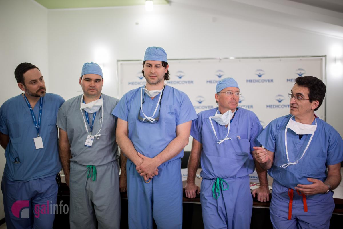Американські лікарі за тиждень прооперували у Львові понад 50 дітей з опіками