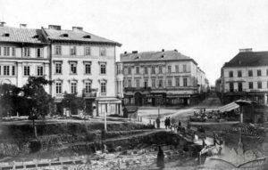 Роботи по засклепінню Полтви на нинішній площі А.Міцкевича. Фото 1880-х років