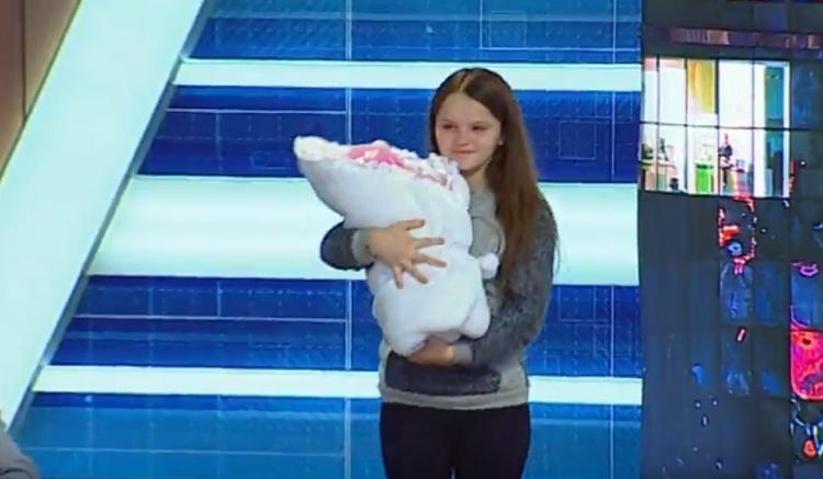 Як зараз живе 12-річна школярка, яка у вересні народила у Львові дитину, - ВІДЕО