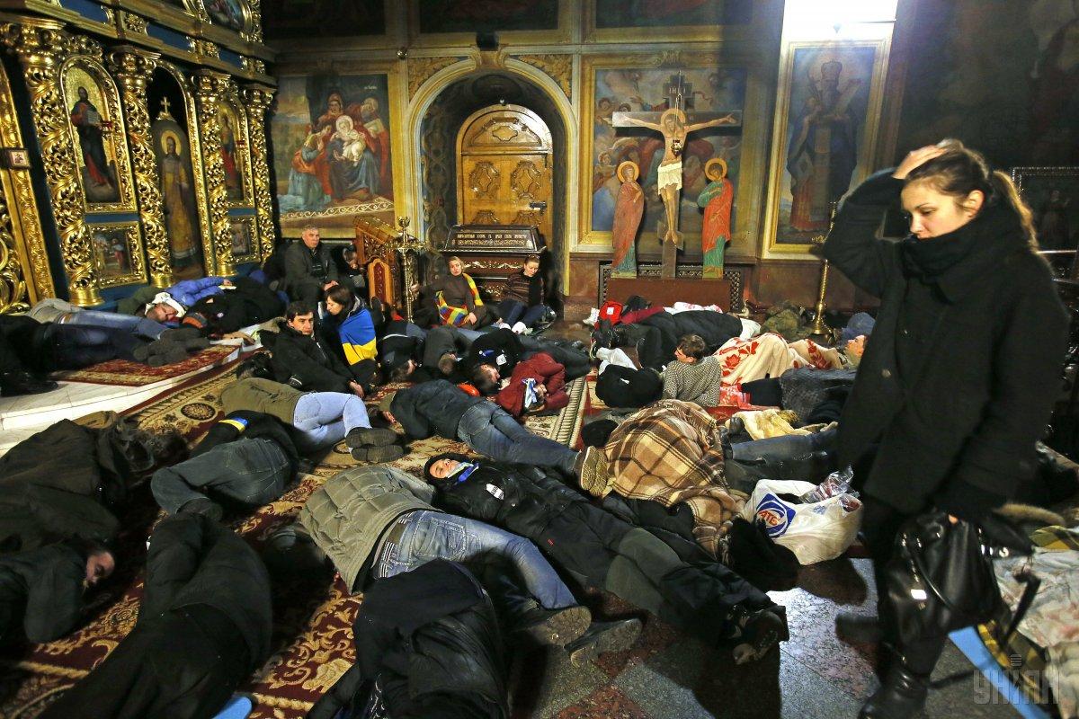 Михайлівський собор став прихистком для протестувальників / фото УНІАН
