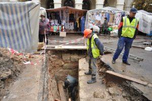 Під «Вернісажем» віднайшли мури замку князя Лева XV століття