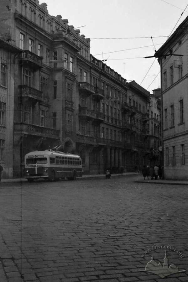 Вулиця Саксаганського на початку 1960-х років