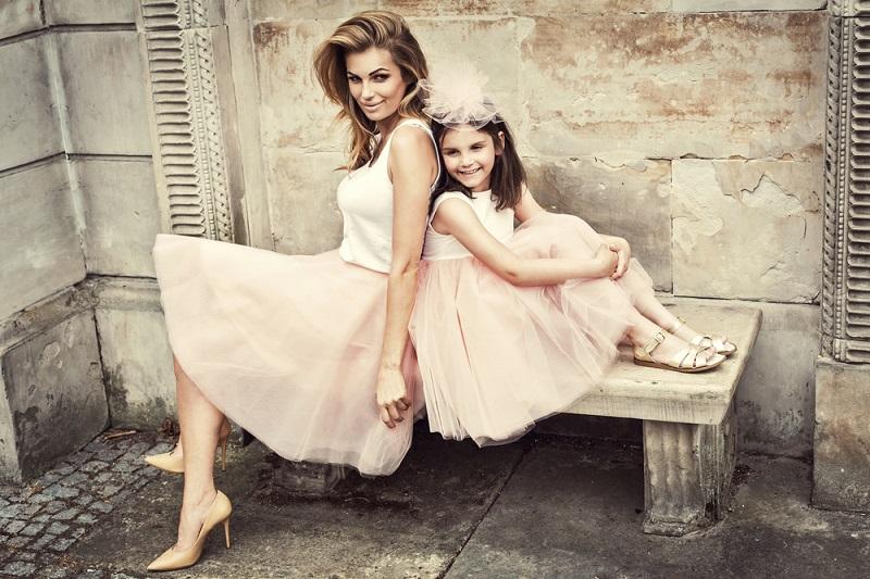 мати та донька