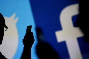 У Facebook з'явиться можливість перевірити сторінки на причетність до російської пропаганди