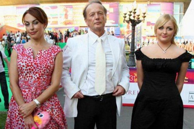 Михайло Задорнов, дружина Олена і донька Олена