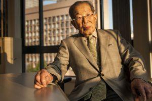 Японський лікар, 105 років: «Панянки, досить сидіти на дієті і постійно спати!» Щоб жити довго …
