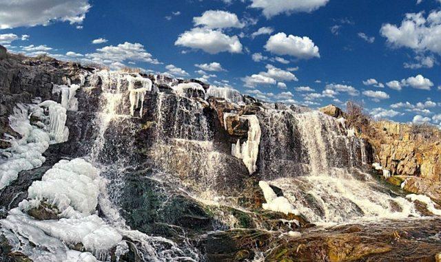 Водоспад Білі камені