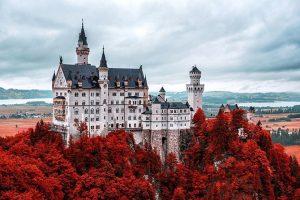 20 найбільш вражаючих замків Європи