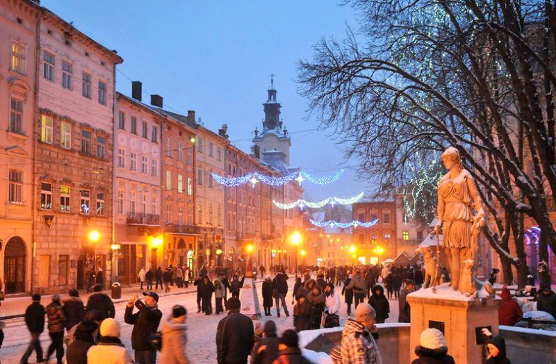Зима у Львові – це щось унікальне. Гарна, наче казка з безліччю різноманітних концертів і фестивалів.