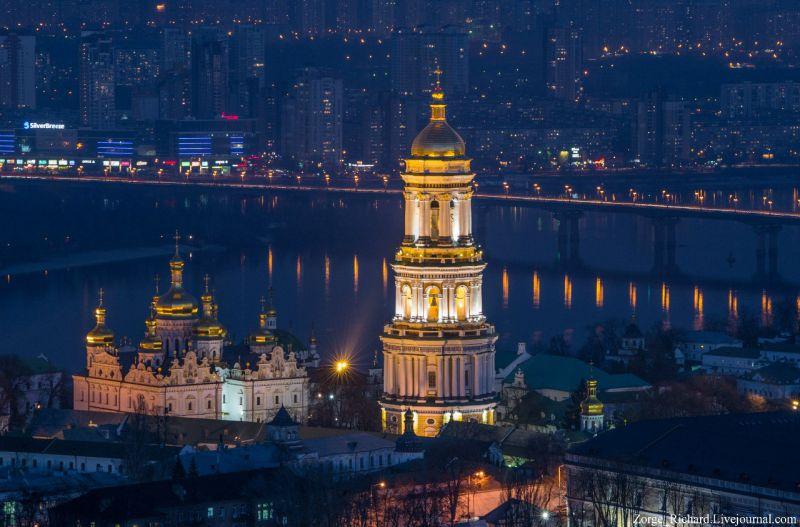 На фото: Київ, Києво-Печерська лавра