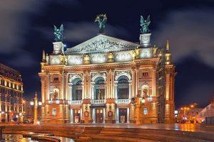 Фото Оперного театру у Львові визнано найкращою фотографією пам'яток України 2017. ТОП-10 найкращих фото