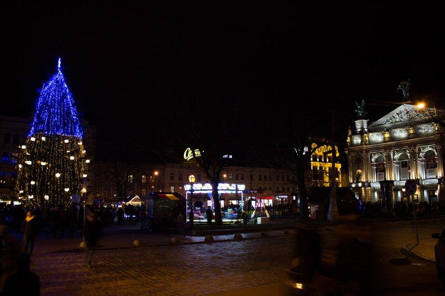 Головня ялинка Львова 2015 рік