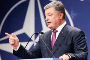 Порошенко ініціює референдум про вступ до НАТО