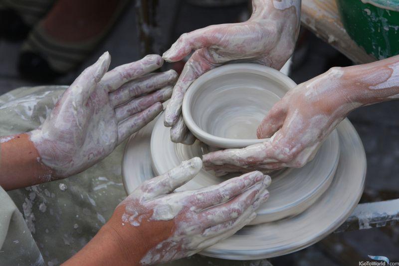 На фото: гончарня у Дніпрі