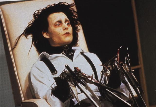 3 грудня – Едвард руки-ножиці , 1990