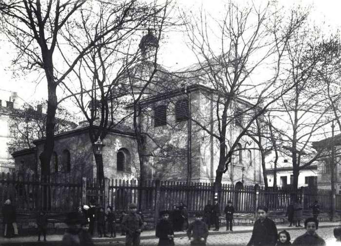 Найдавніший збережений храм Львова – церква Святого Миколая. Фото до 1914 року