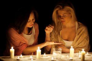 Ніч на 13 грудня – Ворожіння, вечорниці та традиції на Андрія