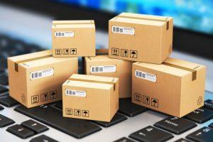 Порошенко підписав скандальний закон про оподаткування посилок: три посилки в місяць по 150 євро кожна