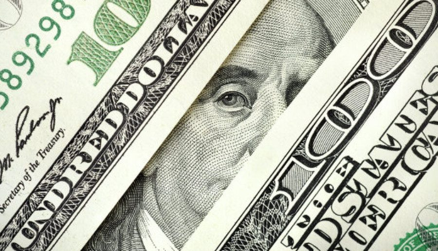 долар подарунок валюта