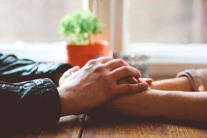 Чоловік повинен ставити дружину понад усе – особливо над цих 6 людей
