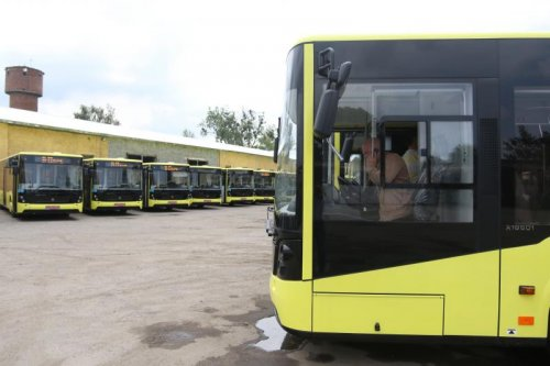 Цьогоріч Львів придбає 100 великих автобусів