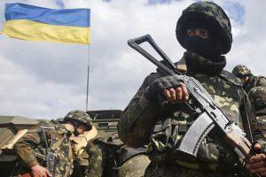 Львів'яни розповіли, кого вони вважають винними у воєнному конфлікті на Донбасі. Відео
