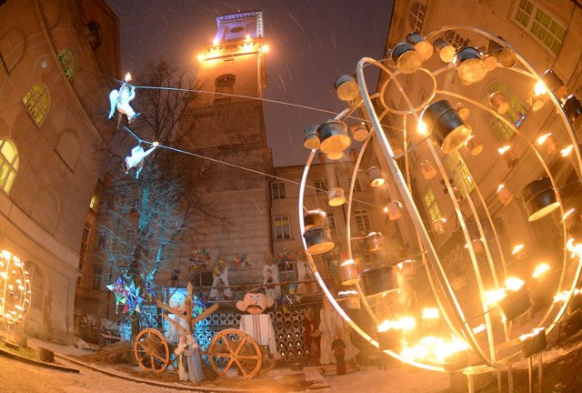 атуші. Різдвяна вистава «Коли ангели спускаються на землю» від театру «Воскресіння»