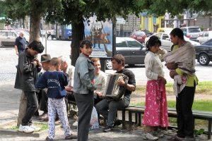 Фонд «Відродження» виступив проти дискримінації ромів у Львові