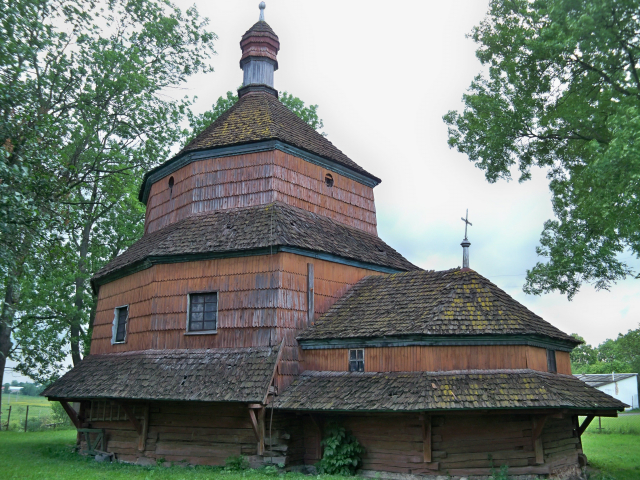 Збудований ще понад 300 років тому, сьогодні храм святої Параскеви опинився перед загрозою знищення.