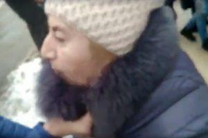 Під час конфлікту у львівській маршрутці 68-річна жінка кілька разів вдарила пасажира шилом