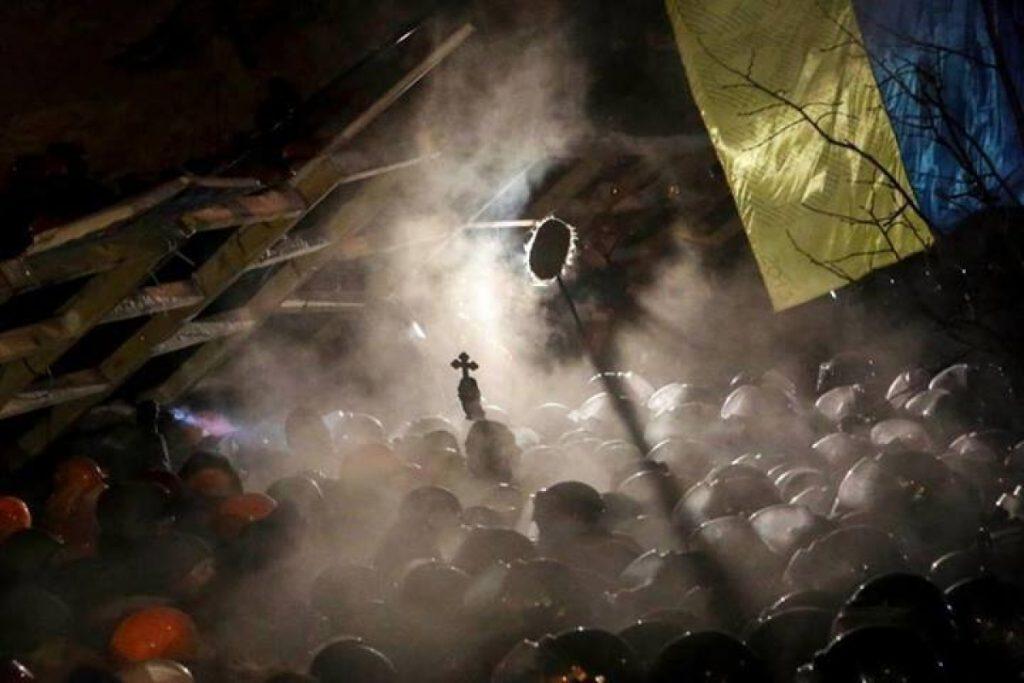 Ніч з 10 на 11 грудня, під час штурму. Фото Нігини Бероєва, kp.ru.