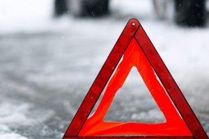 Львівські дороги скував лід. Масові ДТП, затори