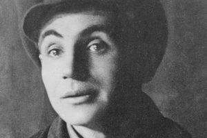 Лесь Курбас – геній режисури, який хотів застрелитись через кохання та півжиття носив кулю в серці. Історія розстріляного новатора