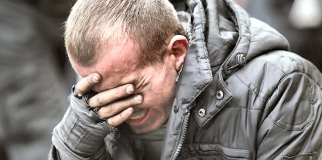 20 лютого, мітингувальник на Майдані. Фото VASILY FEDOSENKO