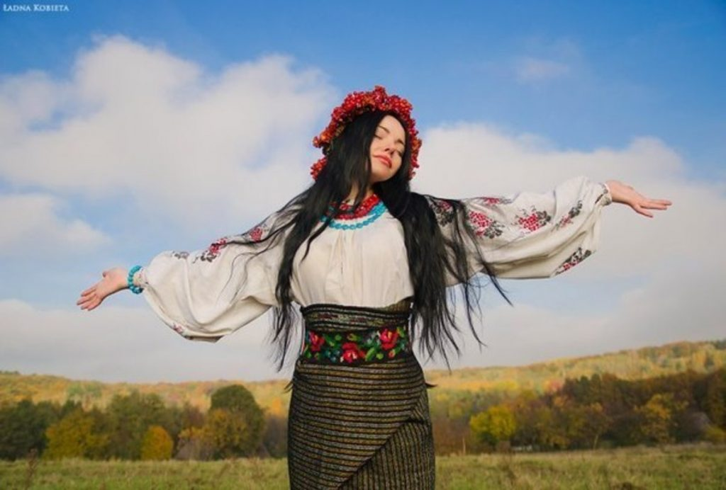 українська дівчина талановита