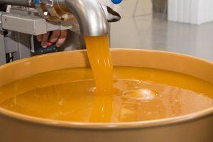 На Львівщині відкрили перший завод з переробки меду
