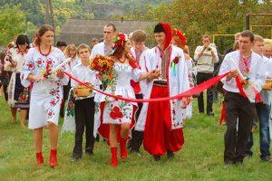 Львівське весілля: історія, традиції, прикмети