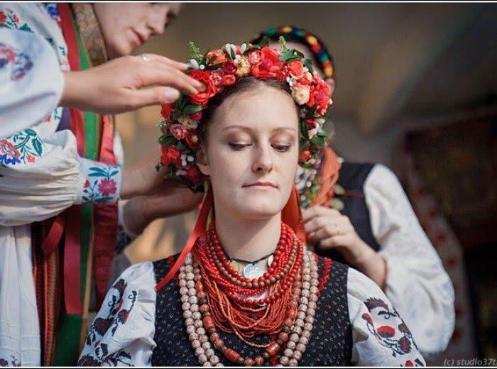 українське весілля перетанцьовування