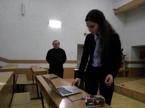 Зараз Софія Петришин готується до олімпіади в Америці і працює над новими проектами. Фото: Освітній портал Львівщини