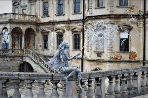 Надзвичайна дівчина зі сталевим серцем з'явилася у Підгорецькому замку (відео, фото)