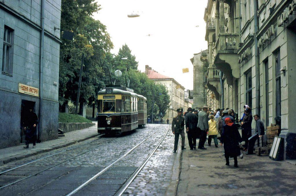 фото вулиці Замарстинівської та трамваю Gotha, 1978 рік.