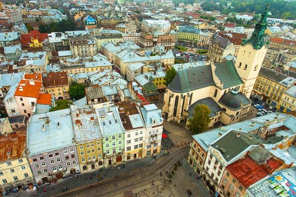 вид з міської Ратуші у Львові
