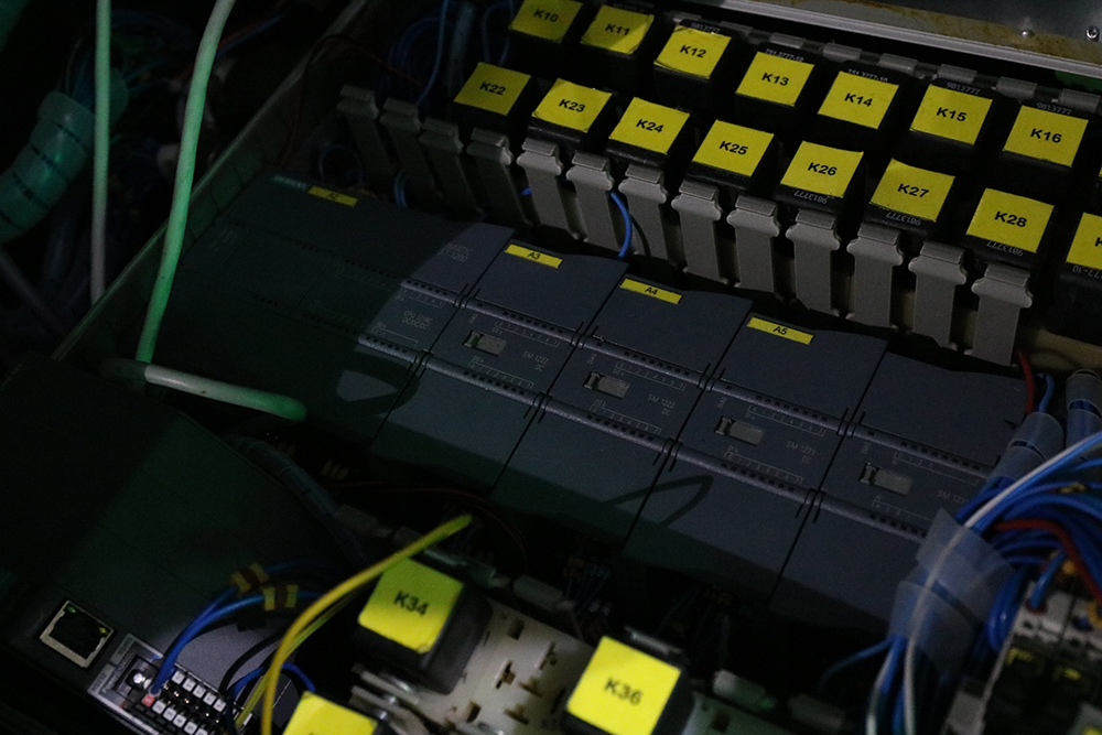 Так виглядає контролер автопілота, який розміщується в багажнику Lanos.