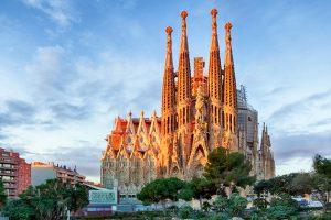 Завтра зі Львова відкривають прямий рейс до Барселони. Розклад, ціни