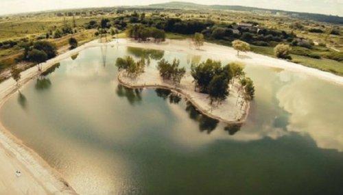 Озеро у селі Муроване (фото «Львівського порталу»)