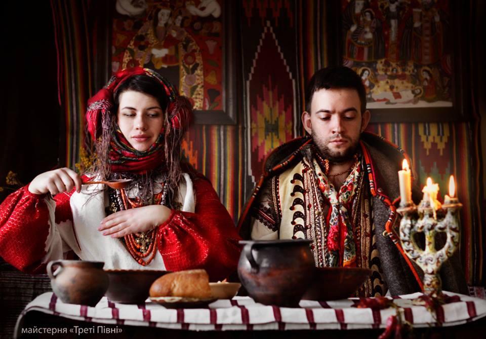 традиційний історичний верхній одяг