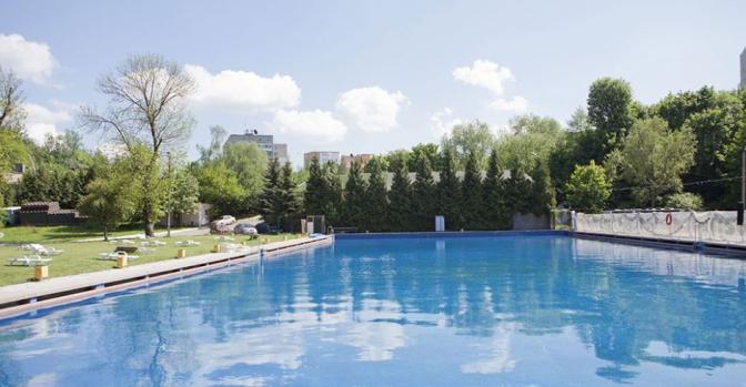Розважальний комплекс «Медик»басейн