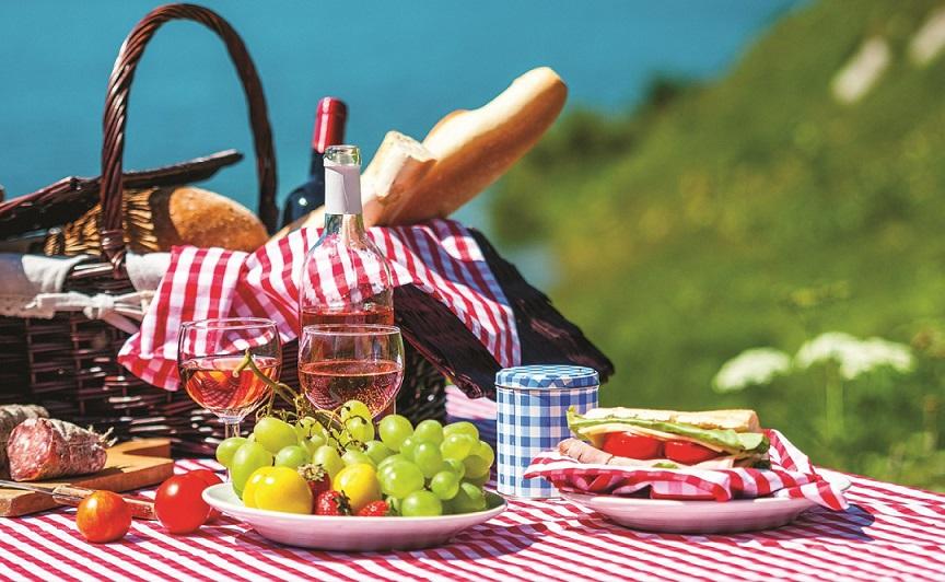 пікнік природа відпочинок шашлики